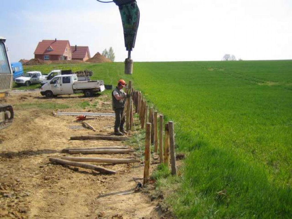 Création de fascines contre les phénomènes d'érosions et de coulées de boues.